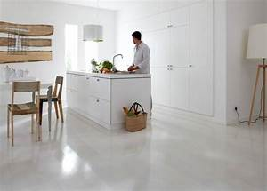 trendpark frene white lion de chez bauwerk parquet With parquet stratifié blanc brillant