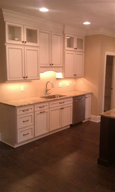 sle of kitchen design kitchen cabinet homecrest cabinetry eastport maple door 5057