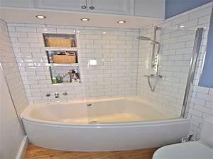 Interior, Small, Corner, Tub, Shower, Combo, Oval, Freestanding, -, Decoratorist