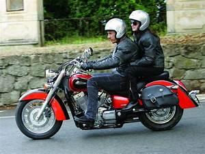 Honda Shadow 750 Fiche Technique : honda vt 750 shadow 2007 galerie moto motoplanete ~ Medecine-chirurgie-esthetiques.com Avis de Voitures