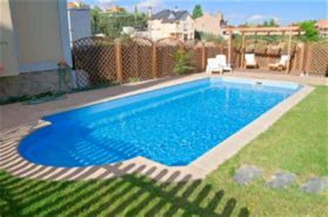 equiper sa cuisine pas cher combien coûte une piscine enterrée prix d 39 une piscine