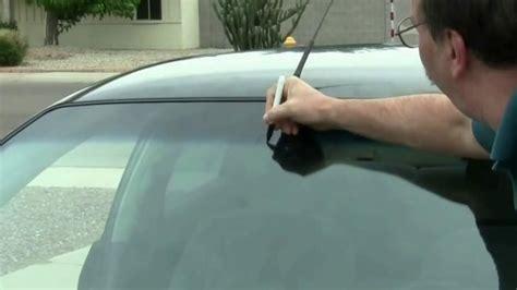 comment secher l interieur d une voiture comment poser le r 233 troviseur int 233 rieur d une voiture minutefacile
