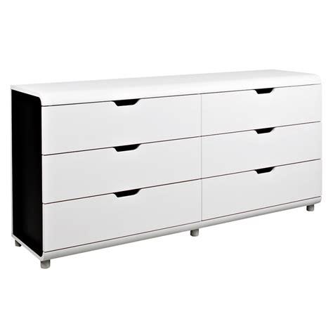 alinea chaises de cuisine graphique chic 20 meubles et accessoires déco noir et blanc commode 6 tiroirs boxi