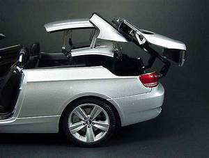 BMW 335i Convertible with Retractable Roof Diecast Model