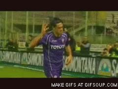Luca toni GIFs - Get the best gif on GIFER