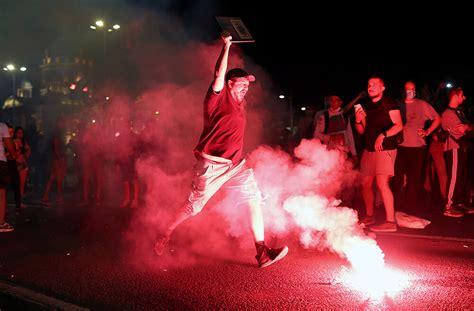 Serbijā jau trešo dienu turpinās protesti, šoreiz tie ...