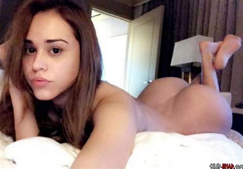 Yanet Garcia Leaked Shesfreaky