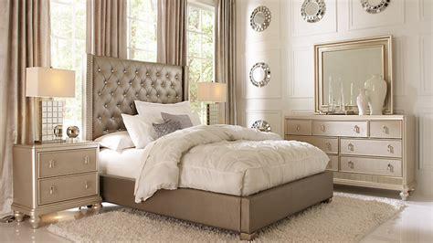 rooms  bedroom furniture affordable sofia vergara queen
