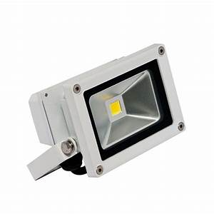 Irradiant head white led soft outdoor wall mount