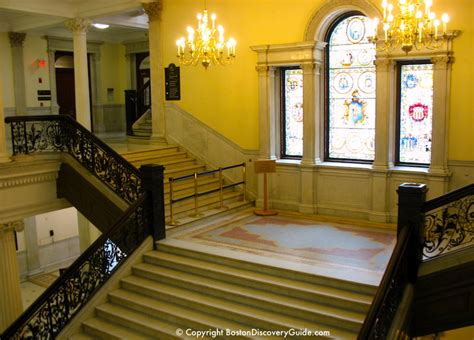 massachusetts state house  tours boston discovery