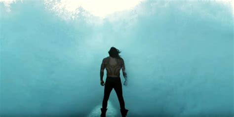 justice league shares footage  aquaman underwater