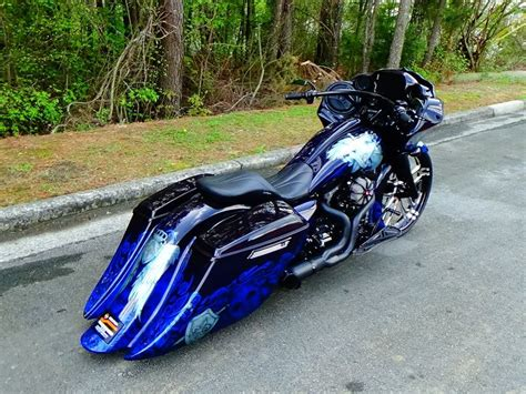 Custom Harley Baggers Paint Jobs