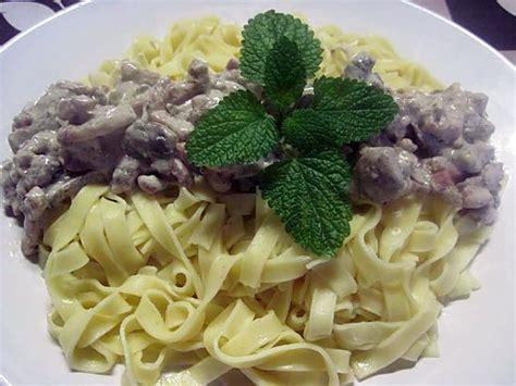 recette pate creme fraiche lardon recette pate lardon creme fraiche 28 images p 226 tes aux chicons et lardons kalo et frigo