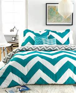 cool chevron pattern teen bedding set features turquoise and white chevron pattern twin size