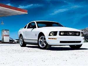Ford Mustang Pony Package 2008 wallpaper | 2048x1536 | 1157969 | WallpaperUP