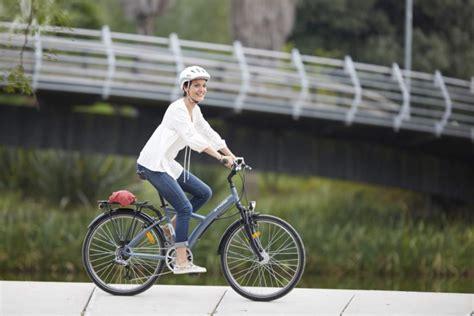 velo de chambre velo de chambre decathlon le vélo en image