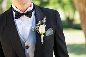 Rede Zur Goldenen Hochzeit Vom Bräutigam : boutonniere die ansteckblume f r den br utigam ~ Watch28wear.com Haus und Dekorationen