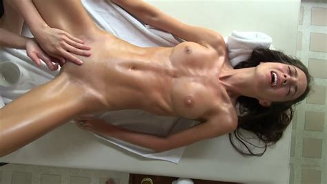 Naked Girls Having An Orgasm During A Massage Naked Girls