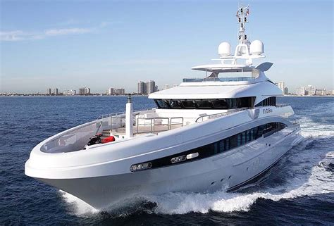 review heesen meter man steel heesen yacht