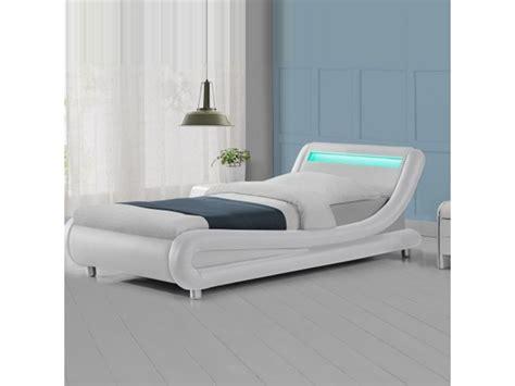 lit 90x190 conforama lit led design julio blanc 90x190 vente de lit
