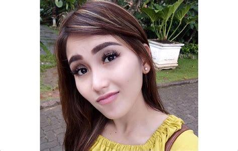 Fans Fanatik Serang Jessica Iskandar Dan Nikita Mirzani