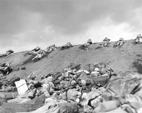 Us Marines Invade Beaches Of Iwo Jima