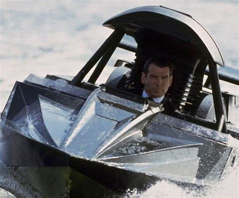 The Q Boat by Bond Q Boat