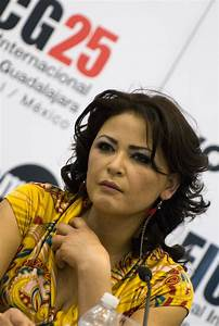 Elpidia Carrillo — Wikipédia