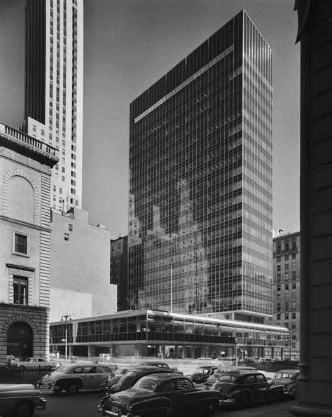 Gordon Bunshaft and SOM at Nueva York, Lever House   METALOCUS