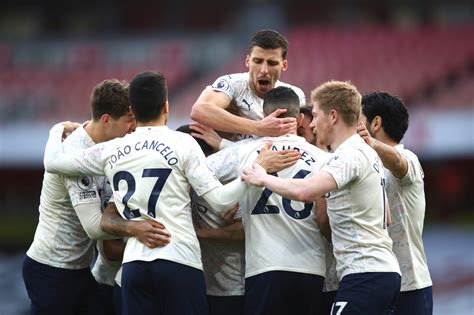 Man City earns 18th straight win, Spurs lose again in EPL ...