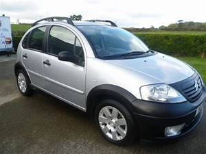 Compare Citroen C2 And Citroen C3 Xtr  Which Is Better