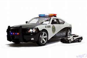 1:18 Fast Five Dodge Charger Rio Police_5 | 1:18 + 1:64 ...