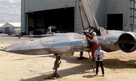 J.j. Abrams Unveils 'star Wars Episode Vii' X-wing