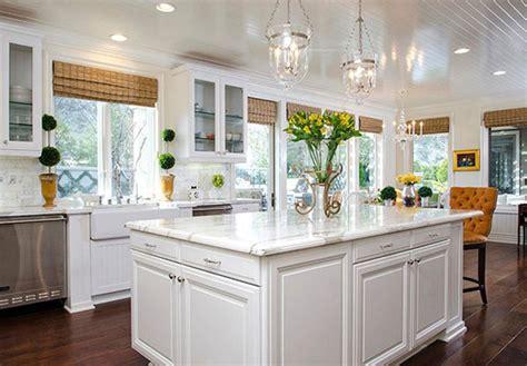 choose   kitchen window treatments