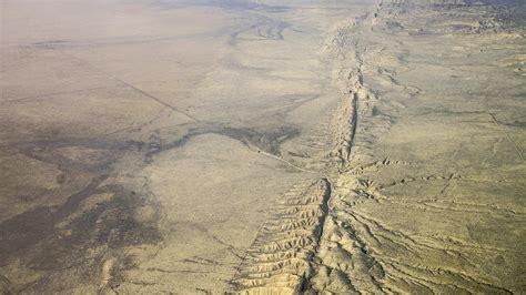 slow earthquakes  san andreas fault increase risk