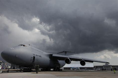 le plus grand porte avion du monde plus gros porte avion du monde 28 images le plus gros