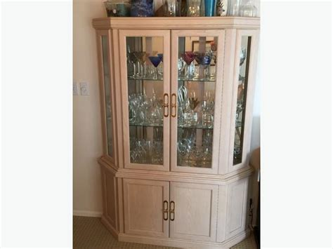 White Oak Dining Room Table,6 Chairs, China Cabinet