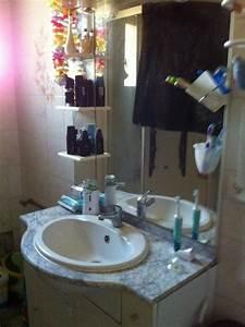 Table à Langer Salle De Bain : salle de bain avec plan de travaille et table langer ~ Teatrodelosmanantiales.com Idées de Décoration