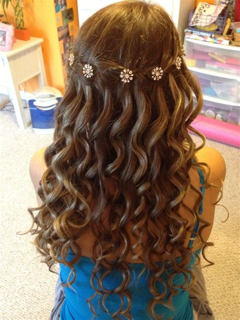 Hairstyles With Braids And Curls by Waterfall Braid With Curls Hairstyles Braids