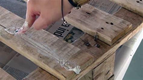 fabriquer un canapé en bois revger com faire un plan de travail avec des palettes