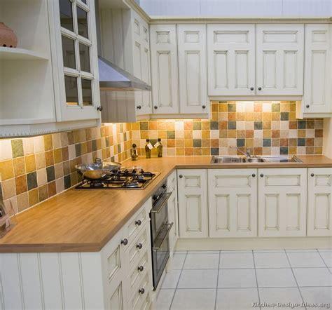 backsplash for white kitchen cabinets white kitchen cabinets backsplash ideas 2017 kitchen design ideas
