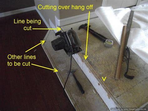 Cut Laminate Flooring With Circular Saw by Laminate Flooring Cutting Laminate Flooring With A