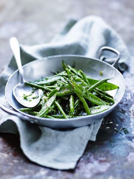 recette de cuisine pour le soir recette minceur soir wok de haricots verts et pois