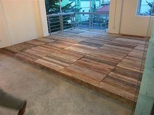 Recycled Pallet Flooring - DIY 99 Pallets