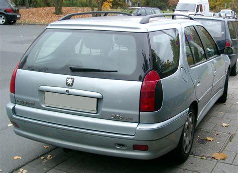 File:Peugeot 306 Break rear 20071026.jpg - Wikimedia Commons