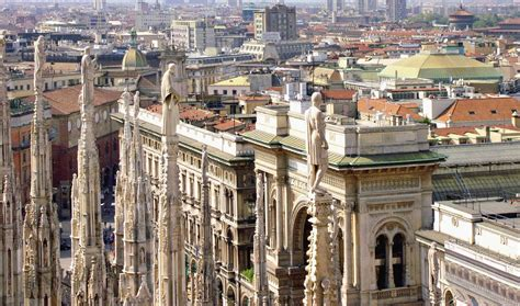Travel And Adventures Milan Milano A Voyage To Milan