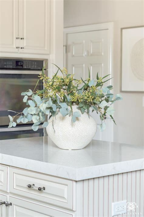 Kitchen Arrangement Ideas by Kitchen Island Centerpiece Of Eucalyptus And Other Ideas