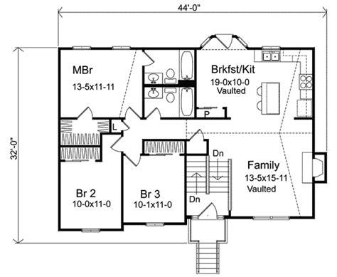 split level ranch house plans oaklawn split level home plan 058d 0069 house plans and more