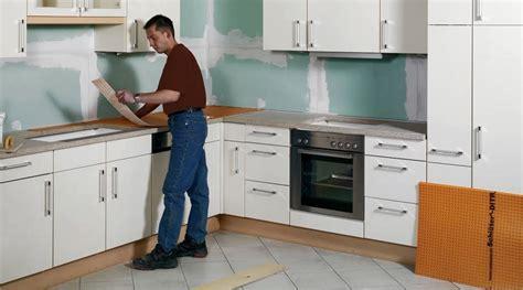 changer le plan de travail d une cuisine rénover un plan de travail sur support bois