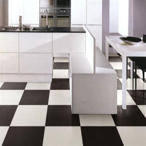 carrelage noir et blanc